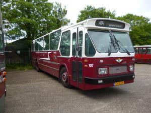 0107-20140615 Denhaag- Binckhorstlaan- HBM museum (ex. RTM 107)- 2
